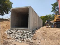 Finalização da instalação do bueiro